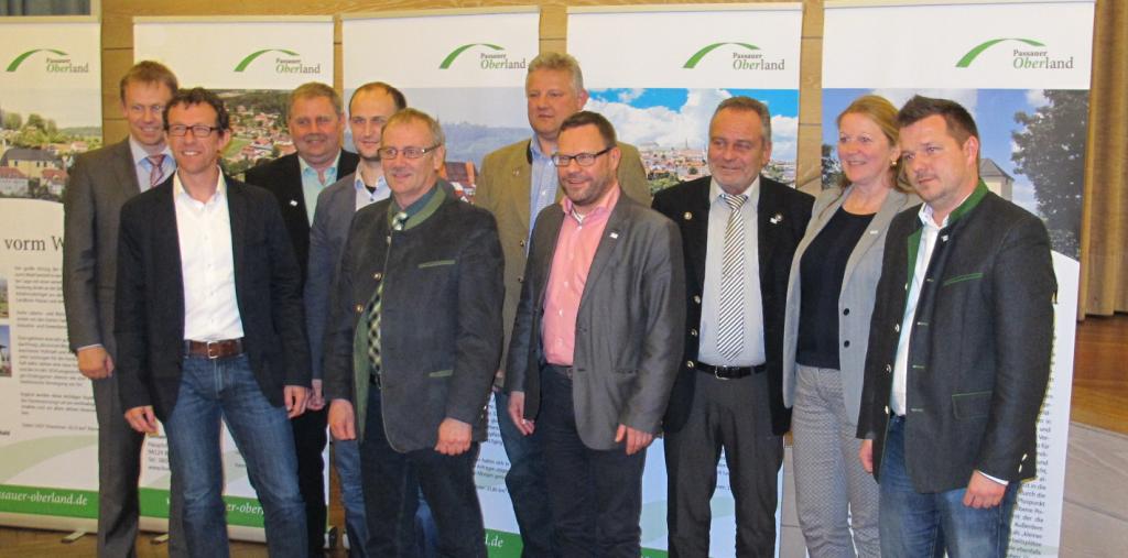 ILE Ratsversammlung am 20.04.2016 in Eging a.See: Die Führungsmannschaft der ILE mit Vertretern aus den Handlungsfeldern