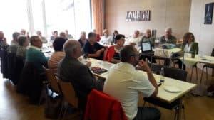 """Die interessiereten Seminarteilnehmer zum Thema """"Wohnen im Alter"""" in Eging a.See"""